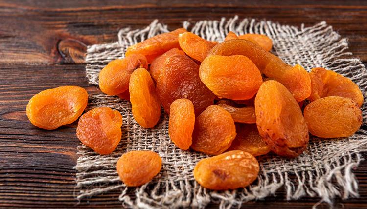 Испорченные абрикосы