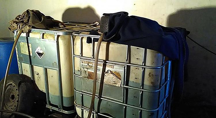 Бензин в гараже