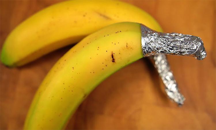 Ножка банана в фольге