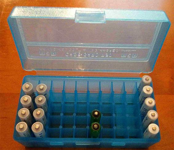 Хранение пальчиковых батареек