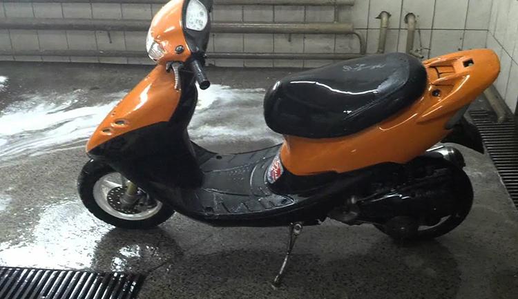 Мытый скутер