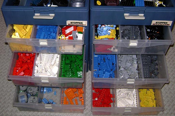 Многофункциональные ящики для Lego