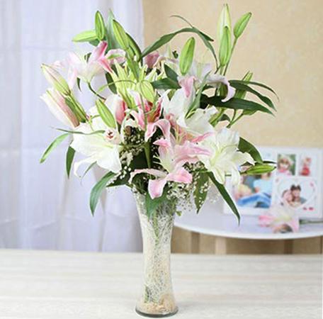 Хранение срезанных лилий в вазе