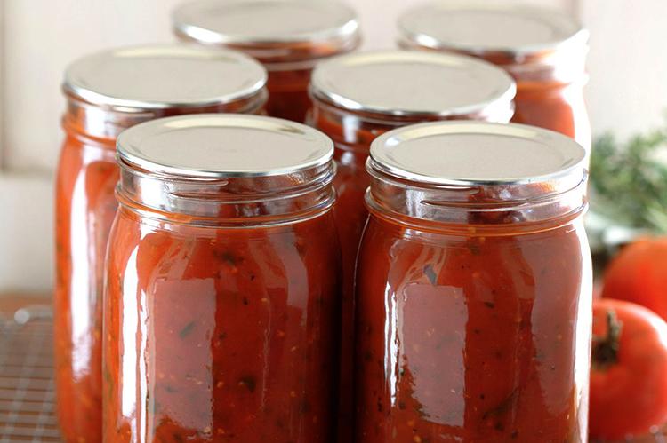 Хранение томатной пасты в стеклянных банках