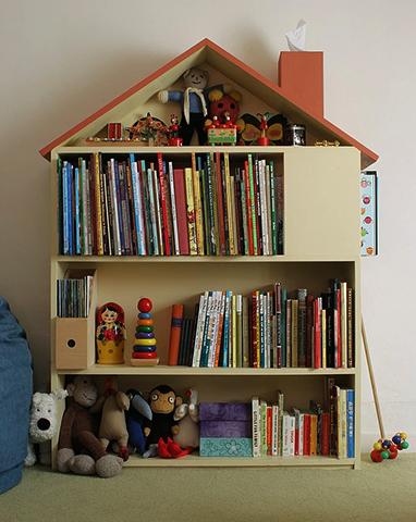 Хранение детских книг на полке