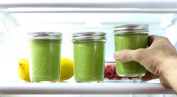 Хранение смузи в холодильнике