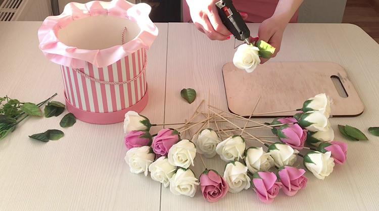 Работа с мыльными розами