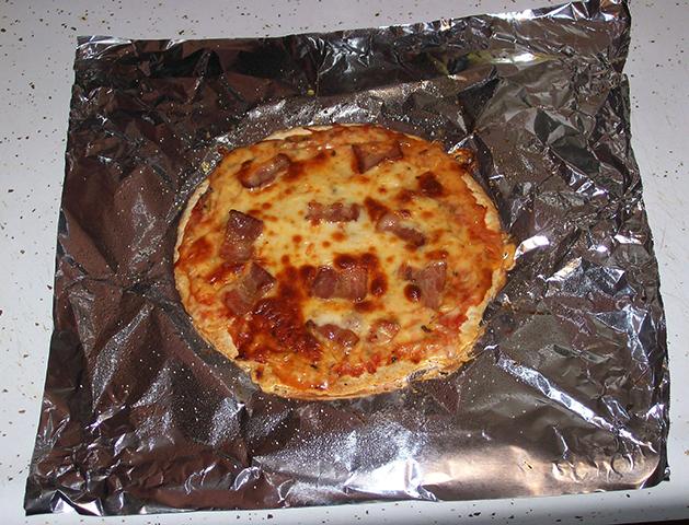Пицца и фольга