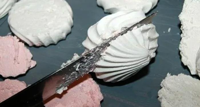 Разрезание зефира
