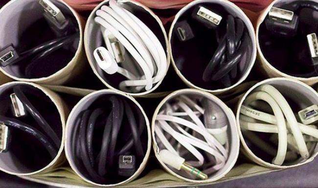 Втулки от туалетной бумаги для проводов