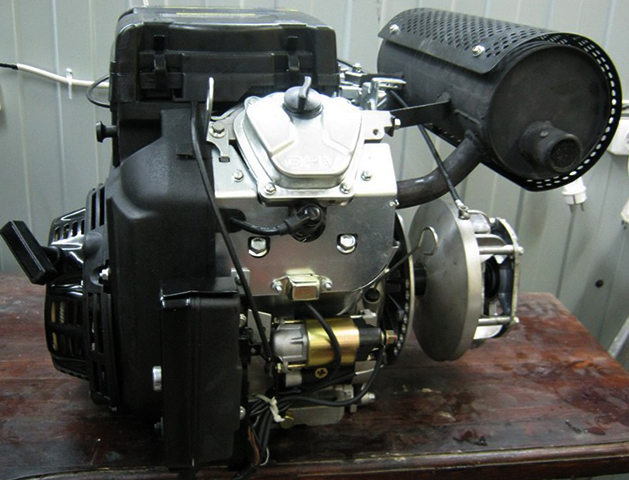Двигатель снегохода