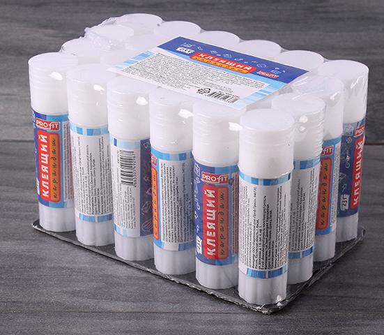 Упаковка клеев-карандашей