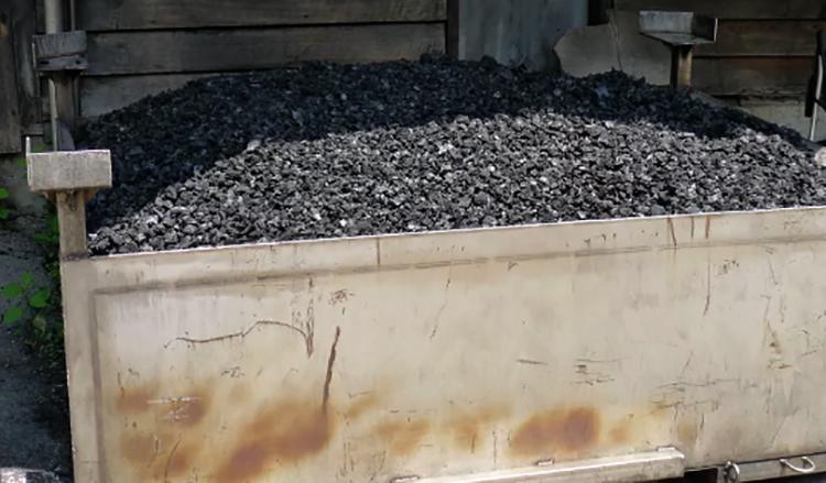 Хранение угля в контейнере