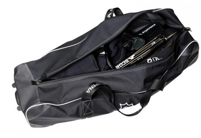 Костюм для подводной охоты в сумке