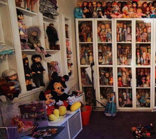 Комната для кукол