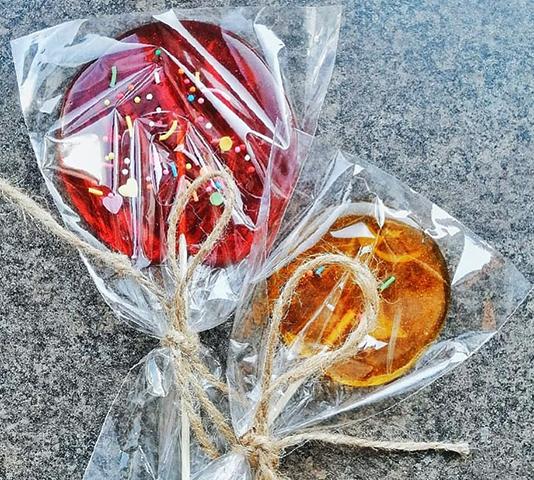Леденцы из глюкозного сиропа в упаковке