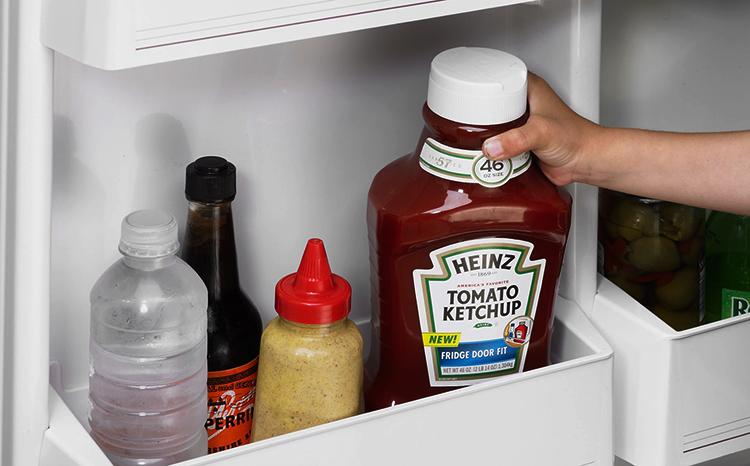 Кетчуп в холодильнике