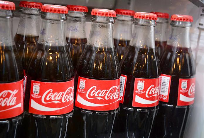Кока-кола в холодильнике