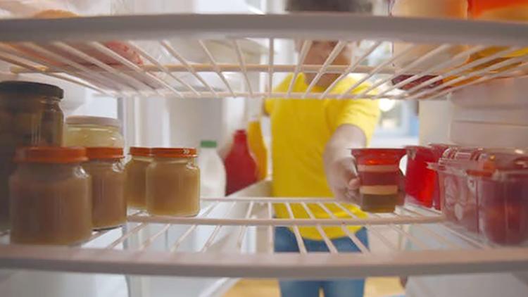 Желе в холодильнике