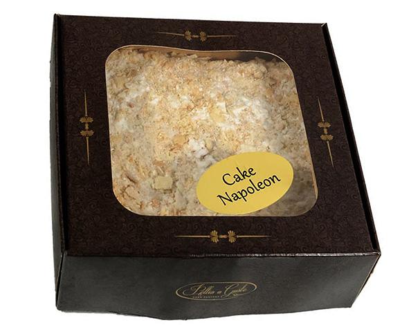 Покупной Наполеон в коробке